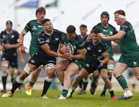 Peter Sullivan holds on to the ball for Connacht; Galway Sportsgrounds, Galway, Connacht, Ireland; Rainbow Cup Rugby, Connacht versus Ospreys.