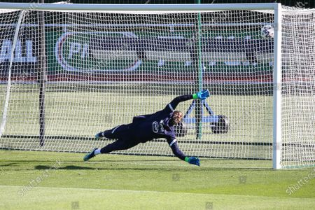 """French national soccer team """"Les Bleus"""" goalkeeper Mike Maignan practices during a training session in Clairefontaine-en-Yvelines, outside Paris, FRANCE - 31/05/2021. The French team prepares for the upcoming UEFA EURO 2021 soccer championship."""