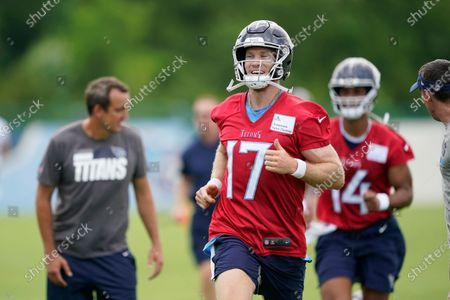 Tennessee Titans quarterback Ryan Tannehill (17) warms up during an NFL football practice, in Nashville, Tenn