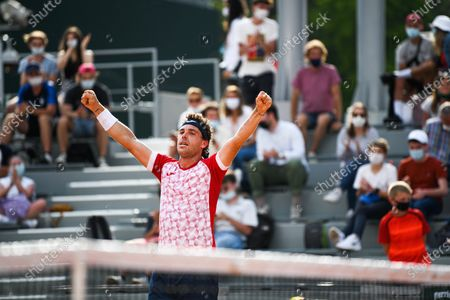 Marco Cecchinato of Italy celebrating his victory