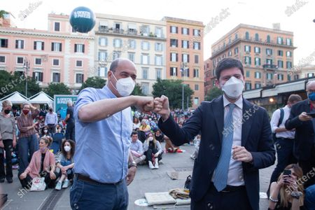 """Nicola Zingaretti, President of Lazio Region, and Roberto Speranza, Minister of Health, during opening evening of 2021 edition of cinema festival """"Il Cinema in Piazza"""" in Piazza San Cosimato in Rome"""