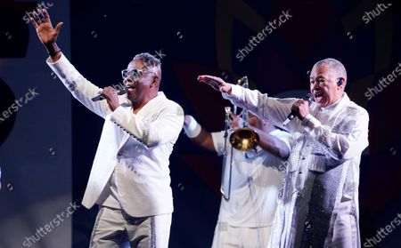 Philip Bailey, left, and Ralph Johnson of Earth, Wind & Fire perform at the Race to Erase MS drive-in event at the Rose Bowl, in Pasadena, Calif