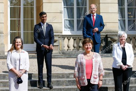 (L-R) Chrystia Freeland, Canada's deputy prime minister and minister of finance, Rishi Sunak, Britain's Chancellor of the Exchequer, Kristalina Georgieva, managing director of the International Monetary Fund (IMF), Olaf Scholz, Germany's finance minister, Janet Yellen, US Treasury secretary, pose for a group photo on the final day of the Group of Seven Finance Ministers summit in London, Britain, 05 June 2021.