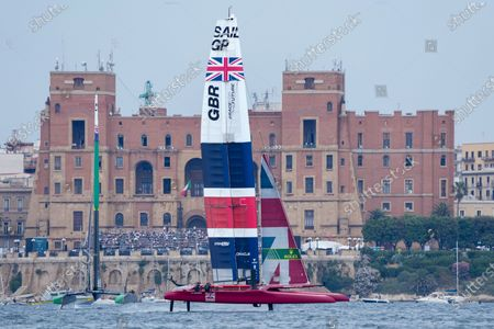 Great Britain SailGP Team helmed by interim skipper Paul Goodison competing in the second race on Race Day 1 at Italy SailGP, Event 2, Season 2 in Taranto, Italy. 05 June 2021.