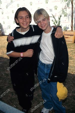 (L-R) Actors Jake Richardson and David Gallagher.