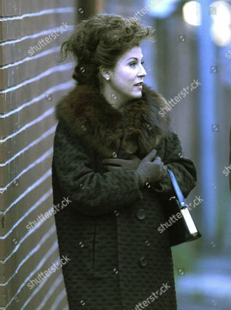 Jessie Wallace stars as Pat Phoenix in the new BBC 4 Drama Florizel Street which tells the story of the origin of Coronation Street. Location filming took place in Bolton which was made to look like late Fifties Salford.