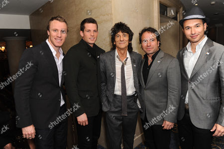 Ronnie Wood with The Canadian Tenors