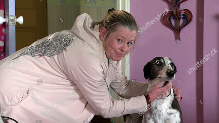 Coronation Street - Ep 10345 Monday 7th June 2021 - 2nd Ep Bernie Winter, as played by Jane Hazlegrove, drops Cerberus home and with the aid of a doggy treat exposes Evelyn Plummer's scam.