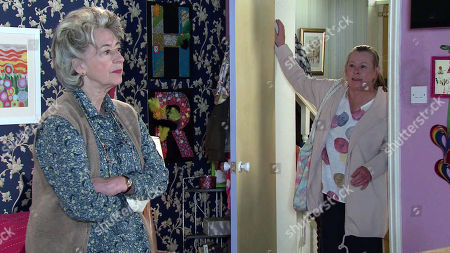 Coronation Street - Ep 10345 Monday 7th June 2021 - 2nd Ep Bernie Winter, as played by Jane Hazlegrove, drops Cerberus home and with the aid of a doggy treat exposes Evelyn Plummer's, as played by Maureen Lipman, scam.
