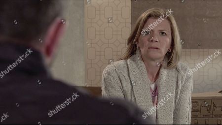 Stock Image of Coronation Street - Ep 10352 & Ep 10353 Thursday 17th June 2021 DS Glynn, as played by Phil Rowan, pays Leanne Battersby, as played by Jane Danson, a visit and underlines how important her evidence is in order to put Harvey away and prevent him from ruining more lives. Will Leanne agree?