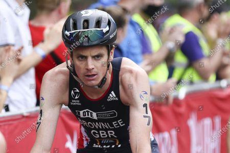 Jonny Brownlee in action during the AJ Bell 2021 World Triathlon Para Series in Roundhay Park, Leeds.