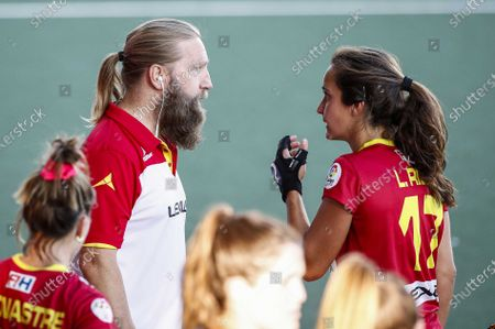 Spain's coach Adrian Lock (L) talks to Lola Riera (R) during the European Hockey Championship women pool A match between Spain and the Netherlands at the Wagener Stadium in Amstelveen, Netherlands, 07 June 2021.