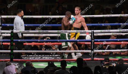 Editorial photo of Floyd Mayweather Jr v Logan Paul fight, Boxing at Hard Rock Stadium, Miami Gardens, Florida, USA - 07 Jun 2021