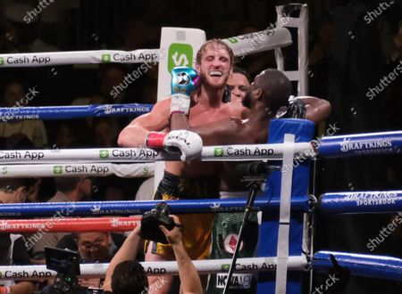 Floyd Mayweather Jr, 44 hits Logan Paul, 26 on his chin during an exhibition fight with at the Hard Rock Stadium