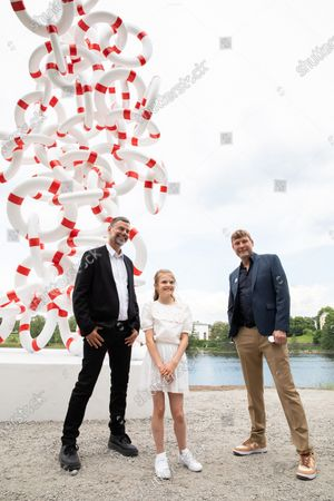 The Crown Princess family meets the Danish-Norwegian artist duo Michael Elmgreen and Ingar Dragset before the inauguration of the artwork Life Rings at Djurgarden in Stockholm. The Princess Estelle Cultural Foundation, established by the Crown Princess and Prince Daniel, arranges annual sculpture exhibitions at Djurgården. This year's artwork is the second permanent work that will be part of a future sculpture park in the area.