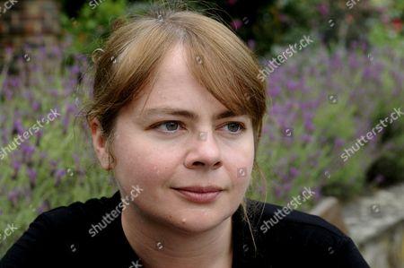 Imogen Robertson