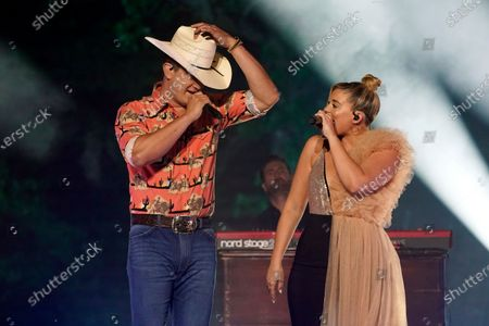 """Jon Pardi, left, and Lauren Alaina perform """"Getting Over Him"""" at the CMT Music Awards, in Franklin, Tenn. The awards show airs on June 9 with both live and prerecorded segments"""