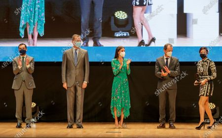 Spanish King Felipe VI (2L), Queen Letizia (c), Science minister Pedro Duque (2R) and Andalusia regional president Juanma Moreno (L) deliver the National Award of Desing to Young to Eva Yarza Hilario during the National Awards to Innovation and Desing in Granada, Spain, 10 June 2021.