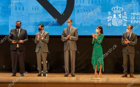 Spanish King Felipe VI (C), Queen Letizia (2R), Science minister Pedro Duque (R) and Andalusia regional president Juanma Moreno (2L) deliver the National Award of Innovation for middle and little companies to a member of the SEIPASA SL company during the National Awards to Innovation and Desing in Granada, Spain, 10 June 2021.