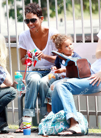 Editorial picture of Halle Berry and daughter Nahla Ariela Aubry out and about, Los Angeles, America - 11 Jul 2010