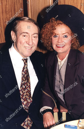 Robert Stephens Patricia Quinn Actor And His Actress Wife