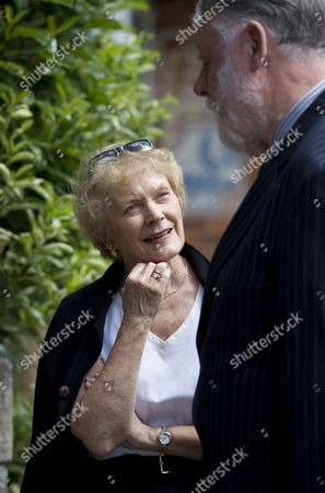Sue MacGregor and Terry Waite