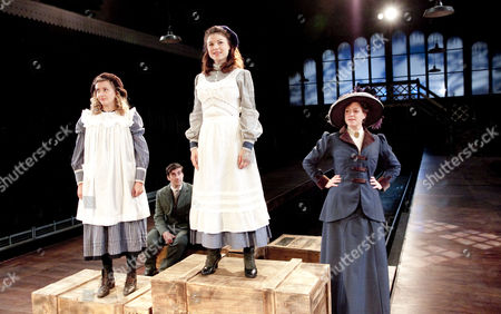 'The Railway Children' -  Louisa Clein (Phyllis), Nicholas Bishop (Peter),  Sarah Quintrell (Roberta), Caroline Harker (Mother)