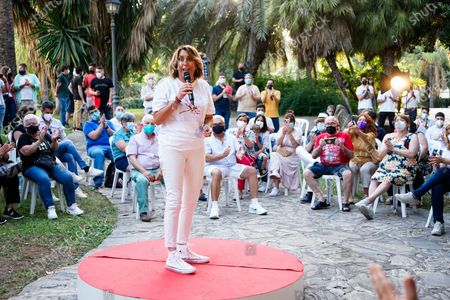 Candidate to General Secretary of PSOE Andalucia Party, Susana Diaz speaks during a meeting at Jardines de Picasso in Malaga.