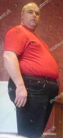 Stuart Howells before losing weight