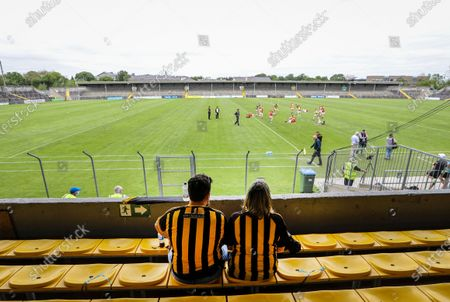 Clare vs Kilkenny. Kilkenny fans John Connolly and Patty Haugh watch the warm-up