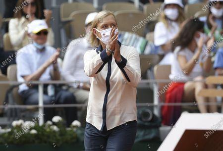 Trophy presenter Martina Navratilova
