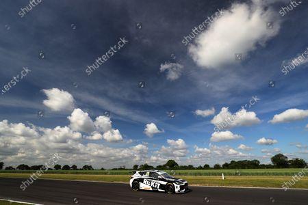 SNETTERTON, UNITED KINGDOM - JUNE 12: Nicholas Hamilton (GBR) - Team HARD Cupra Leon during the Snetterton at Snetterton on June 12, 2021 in Snetterton, United Kingdom. (Photo by LAT Images)