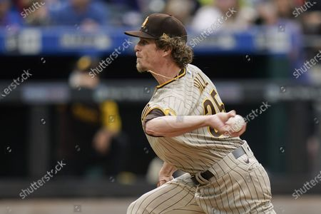San Diego Padres' Tim Hill delivers a pitch during the seventh inning of a baseball game against the New York Mets, in New York