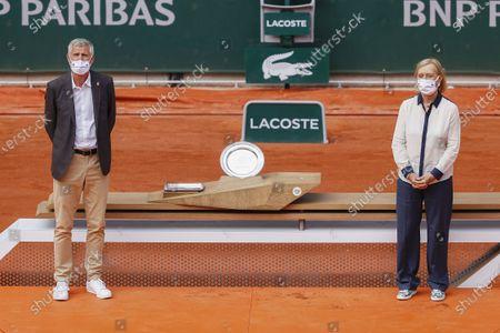 Gilles Moretton (Pdt FFT), Martina Navratilova at the women's trophy ceremony