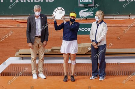 Gilles Moretton (Pdt FFT), Anastasia Pavlyuchenkova of Russia with the runner-up trophy, Martina Navratilova at the women's trophy ceremony