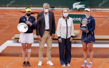 Runner-up Anastasia Pavlyuchenkova of Russia, Gilles Moretton (Pdt FFT), Martina Navratilova, winner's Barbora Krejcikova of Czech Republic