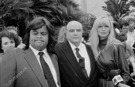 UNITED STATES - AUGUST 02:  Laurene Landon, Miko Brando and Marlon Brando