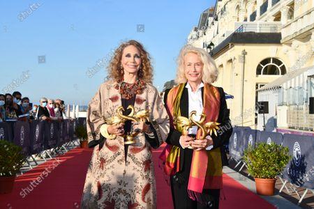 Stock Photo of Marisa Berenson and Brigitte Fossey receive an honorary Swann
