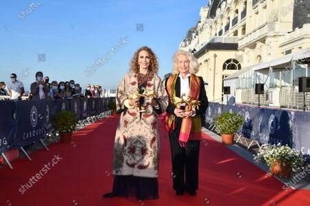 Marisa Berenson and Brigitte Fossey receive an honorary Swann