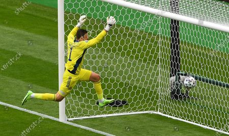 Goalkeeper David Marshall of Scotland concedes the second goal of the Czech Republic during the UEFA EURO 2020 group D preliminary round soccer match between Scotland and the Czech Republic in Glasgow, Britain, 14 June 2021.