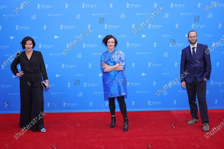 Lisa Blumenberg, Maria Schrader and Jan Berning attend the European Shooting Stars Awards and 'Ich bin dein Mensch' (I'm Your Man) premiere during the 71st Berlinale International Film Festival Summer Special at Freiluftkino Museumsinsel in Berlin, Germany, 15 June 2021. Due to the coronavirus COVID-19 pandemic, the 71st Berlinale is taking place in two stages: a virtual Industry Event, that was held from 01 to 05 March 2021, and the Summer Special for the general public running from 09 to 20 June 2021 as an outdoor-only event.