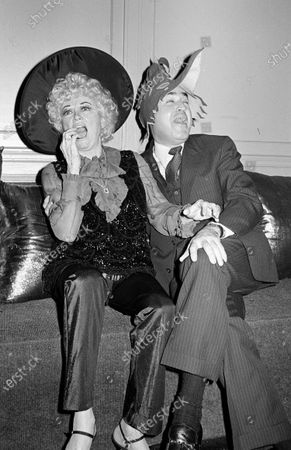 Editorial photo of Phyllis Diller and Dr. Donald Levy - 30 Oct 1981