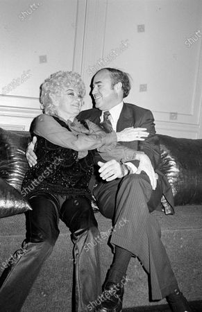 Editorial image of Phyllis Diller and Dr. Donald Levy - 30 Oct 1981