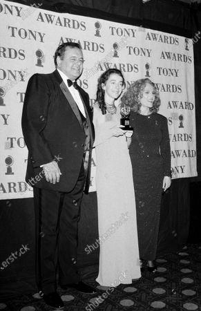 UNITED STATES - JANUARY 01:  Madeline Kahn, Paul Sorvino and Jane Adams