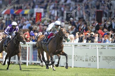 Palace Pier and Frankie Dettori win the Queen Anne Stakes