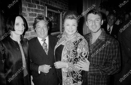 UNITED STATES - JANUARY 01:  Mary Mc Fadden, Arnold Scaasi, and Todd Oldham