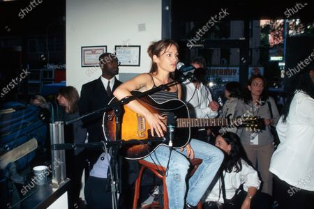 Editorial image of Amy Jo Johnson at Elvis and Eliot's Felicity Breakfast at, New York, USA - 17 May 1999
