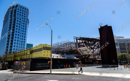 Stock Image of The new Orange County Museum of Art (OCMA) is under construction next to the Segerstrom Center for the Arts, far right, on June 11, 2021 in Costa Mesa, California.(Gina Ferazzi / Los Angeles Times)
