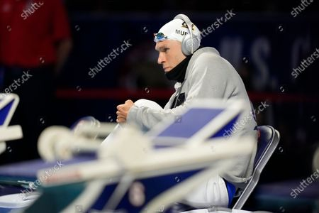 Ryan Murphy gets ready to compete in the men's 100-meter backstroke final during wave 2 of the U.S. Olympic Swim Trials, in Omaha, Neb