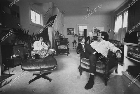 Editorial picture of Bill Graham [& Family];David Graham, San Francisco, California, USA - 25 Oct 1970